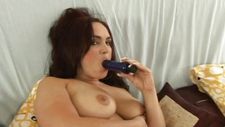 Ambitious busty brunette darling Marcela sucks a throbbing chili dog