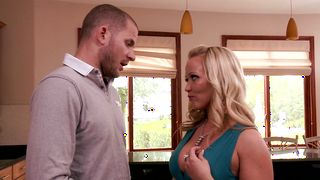 Voracious housewife Austin Taylor with curvy tits is getting fucked hard