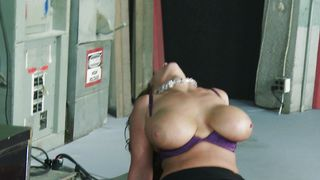Hot-tempered Eva Notty with huge natural tits wants man's pole deep inside her