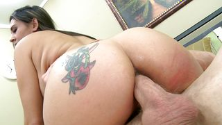 Glorious brunette milf Raylene with round natural tits enjoys sucking a big and strong tool