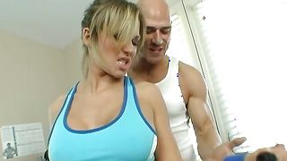 Naughty busty bombshell Nikki Sexx is kneeling in front of playmate and gently sucking his hard pecker