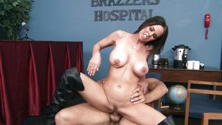 Sex appeal busty brunette Brandy Aniston receives a strong dink in her wet poontang