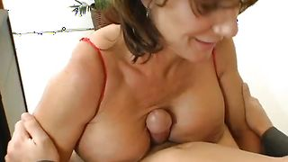 Wicked mature Deauxma with large tits that knows how to ride packing monster