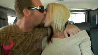 Sassy blonde Kylani Breeze with large tits is screaming from pleasure while getting fucked by a lover she likes