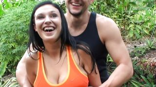Alluring busty brunette Bella Blaze does her best to swallow a thick dick