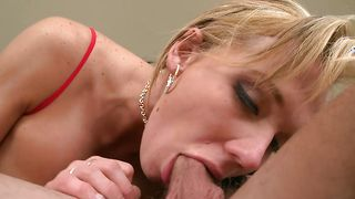 Lustful busty blonde Nikki Sexx looks even better while being drilled