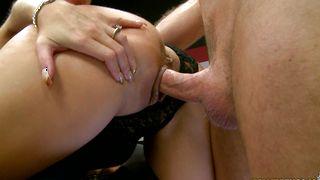 Delightful busty hottie Dallas Diamondz goes down to suck a stiff boner