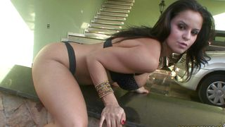 Alluring chick Fernannda with big tits gags and drools while deepthroating a big fang