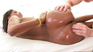 Aphrodisiac sweetheart Ashlynn Sixxx with great tits can't wait to be fucked hard