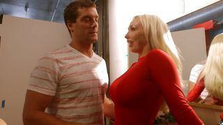 Dissolute busty perfection Olivia Fox is really skilful at sucking and fucking