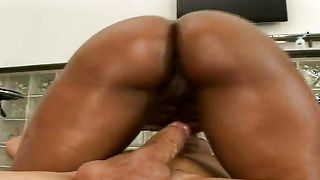 Breathtaking busty Carmen Hayes shows her body and sucks a hard lever