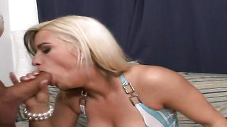Lustful floozy Sarah with big tits and hunk give each other oral pleasure