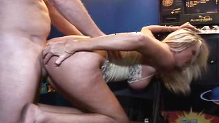 Sinful busty blonde bombshell Crystina's cave for the firm drilling