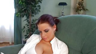 Dinky loving voluptous busty sweetheart Mandy May gave a blowjob to mate and asked him to fuck her good