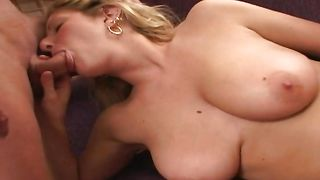 Cunning blonde girlfriend Lauren with big tits gives a wild blowjob to her experienced stranger