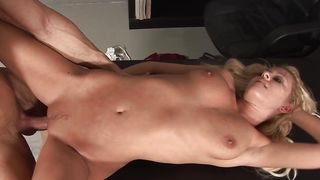 Sinful girlfriend Riley Evans with round natural tits has been yearning for sex