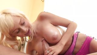 Mouthwatering Morgan Layne with great tits receives a big pole in her wet cunny