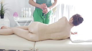 Kinky brunette Peachy with great tits is spreading her juice box and seducing