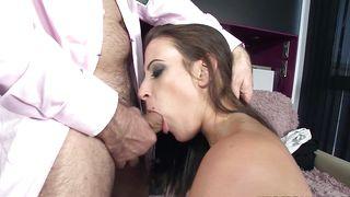 Spicy busty darling Yarissa Duran gets banged hard