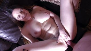 Inviting floozy Samantha Bentley with curvy tits spreads for a thick boner